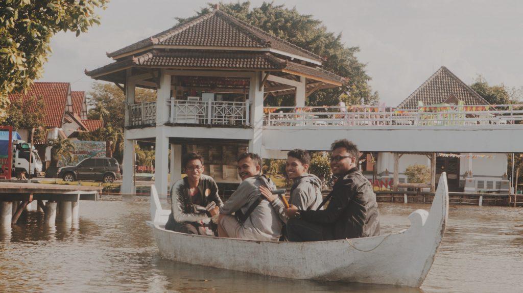Wisata Air di Maerokoco
